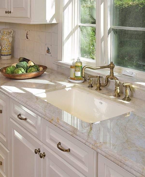 Piatra naturala cuart Bianco Australe.Prelucram si montam blaturi quartz
